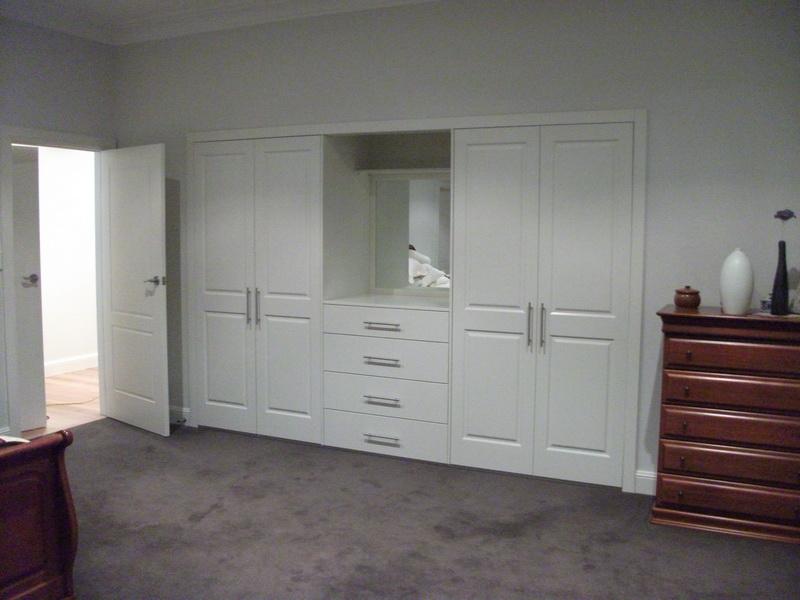 Polyurehane Hinged Doors & Polyurehane Hinged Doors Gallery | Modern Design Wardrobes