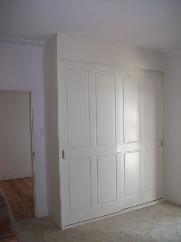 These doors are sealed in polyurethane finish to any colour s&le of your choice. These also come in a plain style. Can be sliding or hinged & Built in Wardrobes Guilford NSW | Modern Design Wardrobes